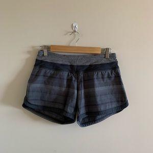 lululemon groovy run short dark grey striped running shorts size 4